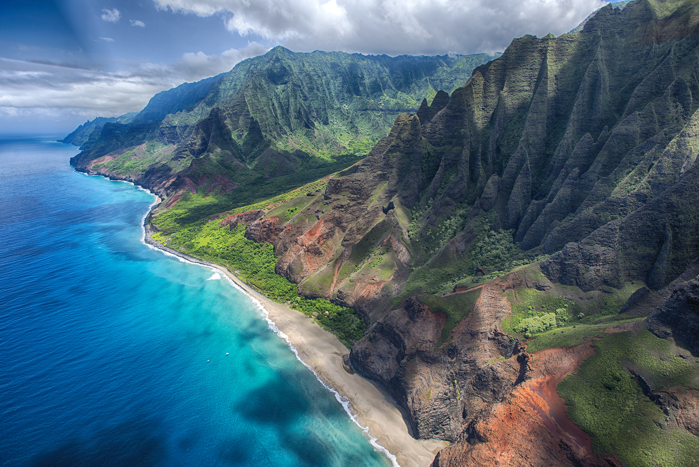 WIN: Excite Holidays and Hawai'i Tourism are sending two