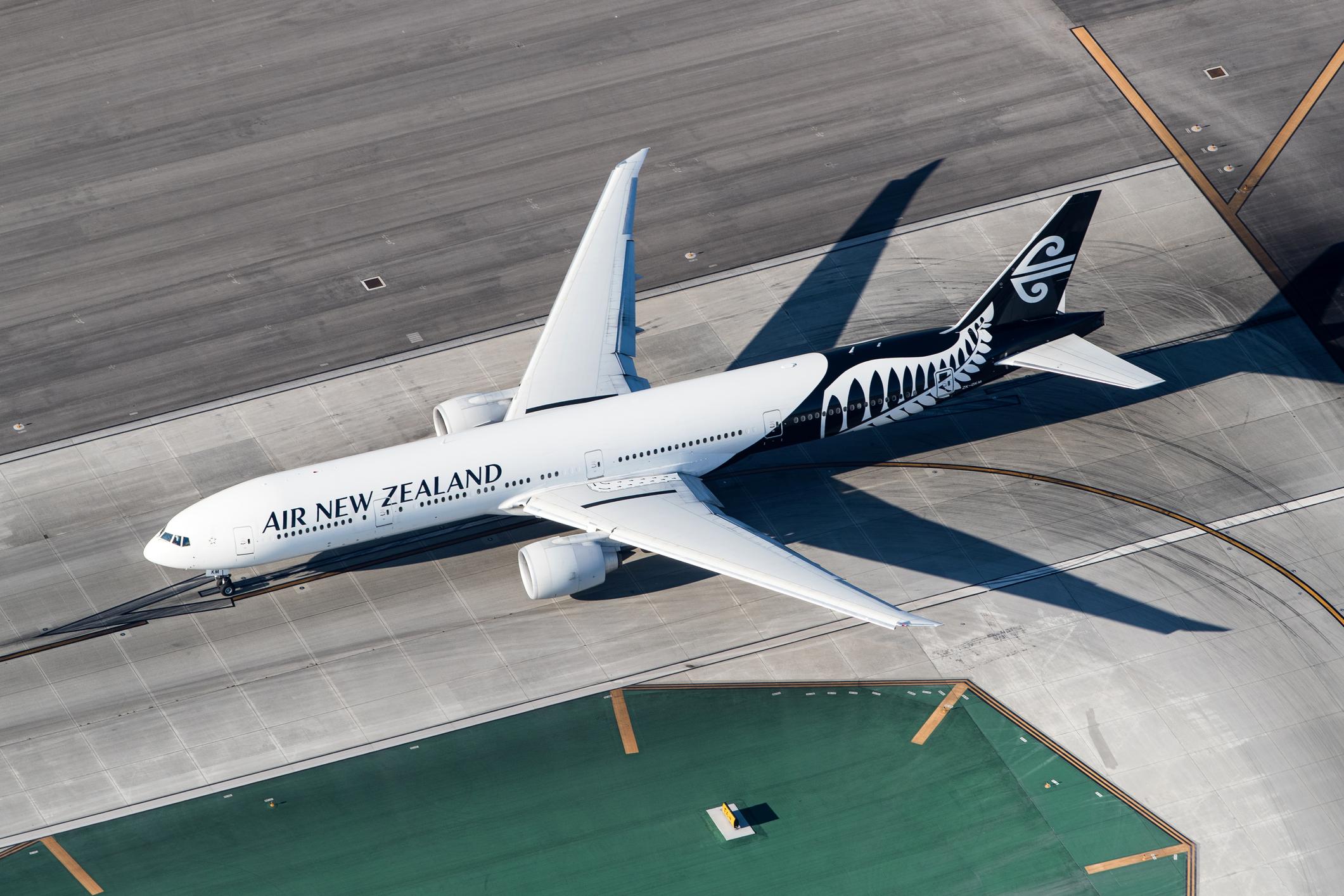 Maori groups threaten to boycott Air New Zealand over 'kia ora' trademark