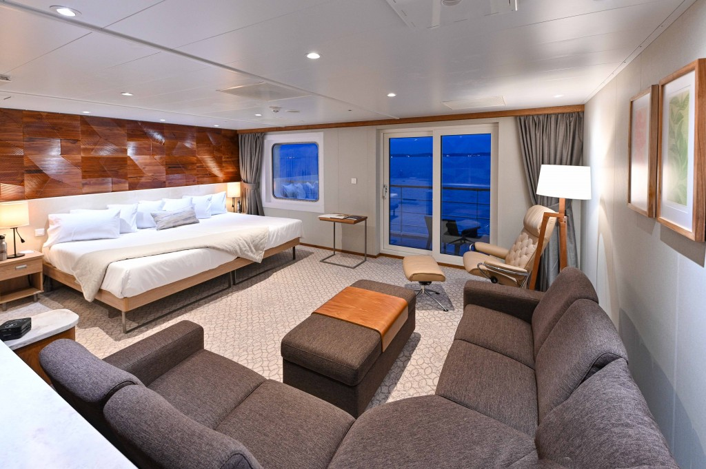 Coral Adventurer_Bridge Deck Suite_5868