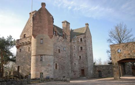 Dairsie Castle, Scotland (Airbnb) [1]