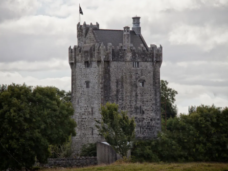 Live like a King in my Castle, Ireland (Airbnb) [1]