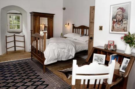 Romantic 16th Century Scottish Castle in The Glen, United Kingdom (Airbnb) [2]