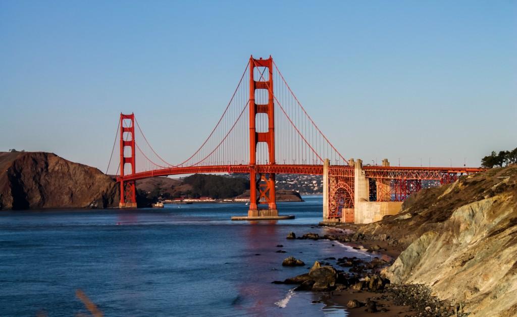 Urban Adventures-USA_San-Francisco_Golden-gate-Bridge