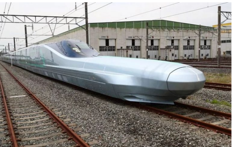 Japan trials the world's fastest bullet train