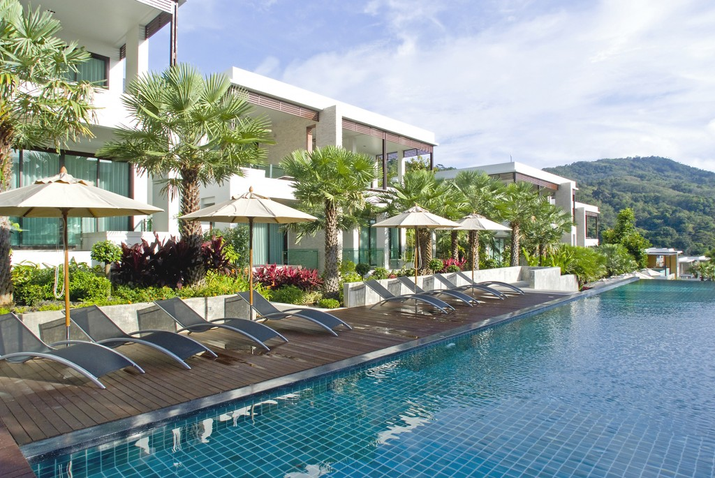 Wyndham Sea Pearl Resort Phuket Pool14