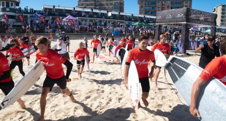 AirAsia surfing partnership
