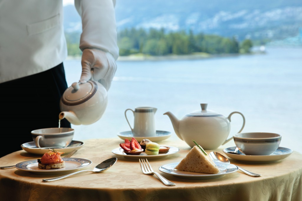 Oceania Cruises daily afternoon high tea served in Horizons Lounge 2