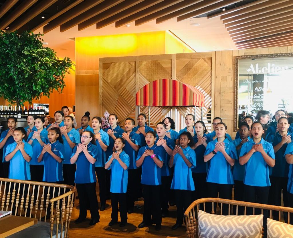 Hotel wrap: Raffles Singapore reopens arcade, Waldorf