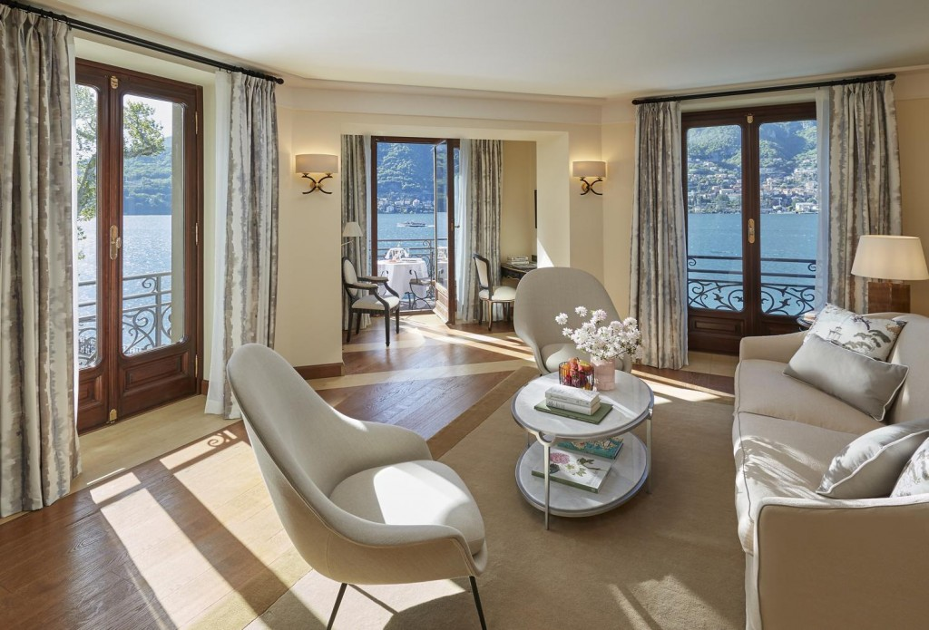 lake-como-suite-duplex-vista-lago-living-room