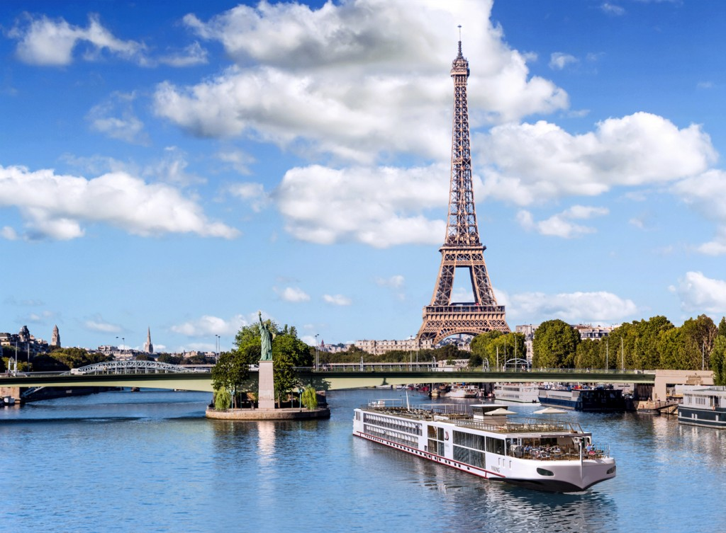 CC_Longships_Seine_Class_Paris_Eiffel_RND