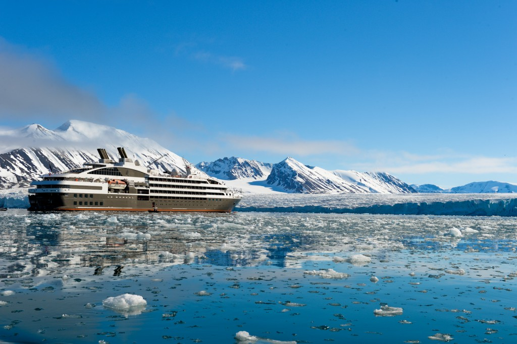 N-908 Spitsbergen ©Studio PONANT Servane Roy-Berton