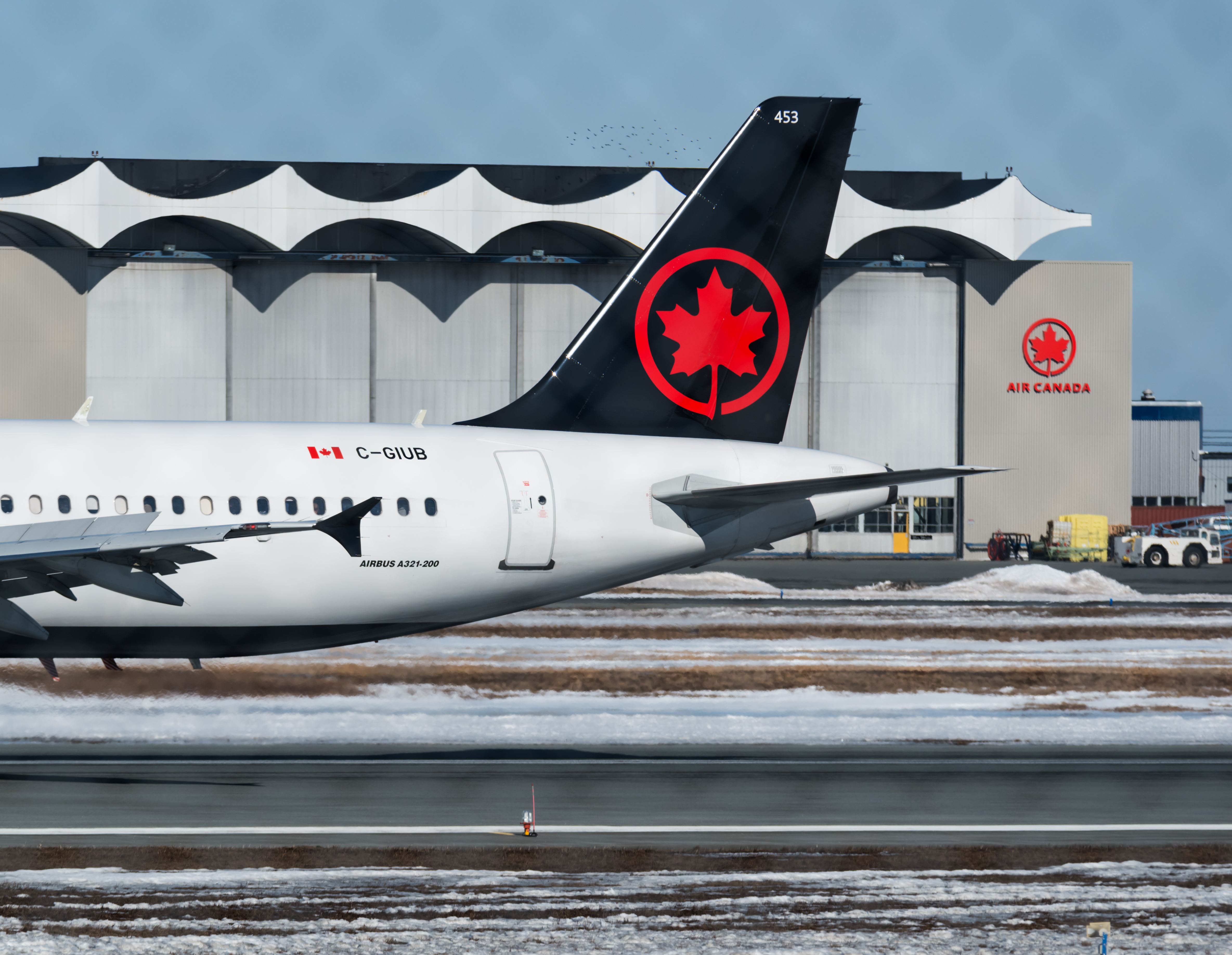 """Air Canada axes """"ladies and gentlemen"""" for more inclusive language"""