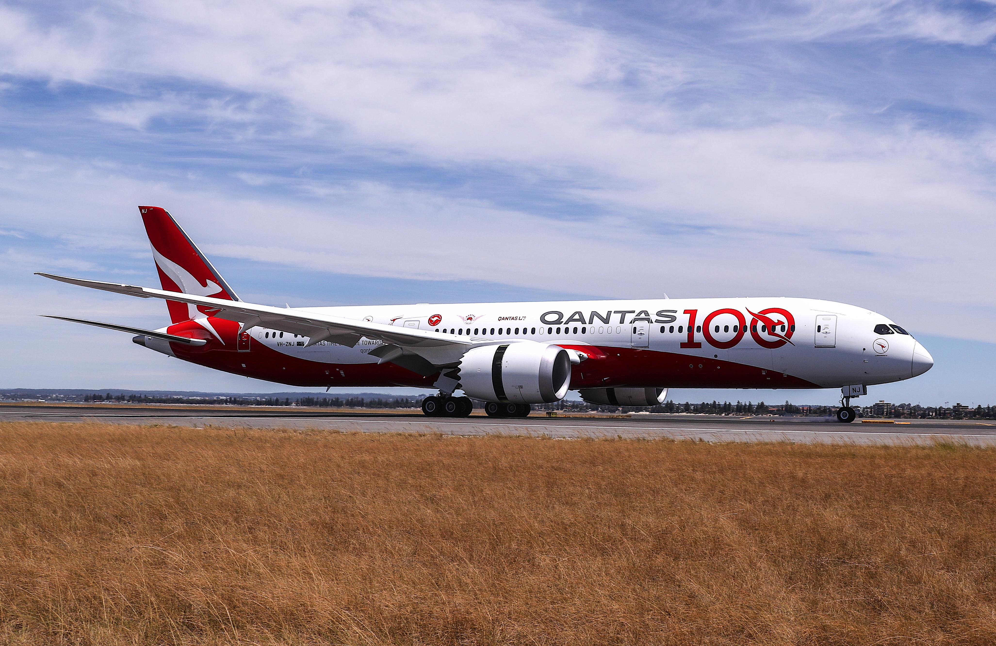 Qantas pilots go above union to prevent Project Sunrise take-off