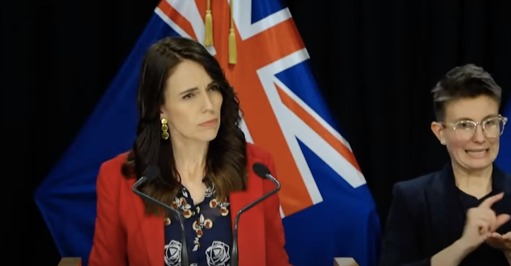 """Trans-Tasman travel bubble """"will be on the backburner for some time"""", says Ardern"""